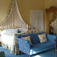 Disraeli Bedroom  Knoll Park